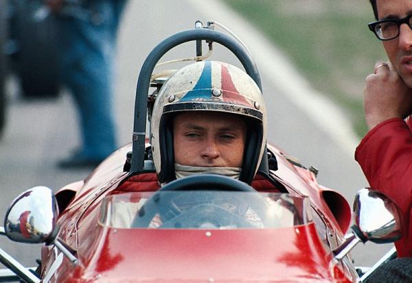 Amon-Ferrari-Pays-Bas-1967-2.jpg